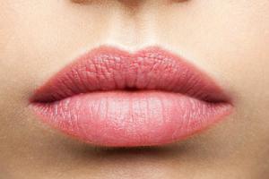 trucco-permanente-labbra-dermo-studio-rimini